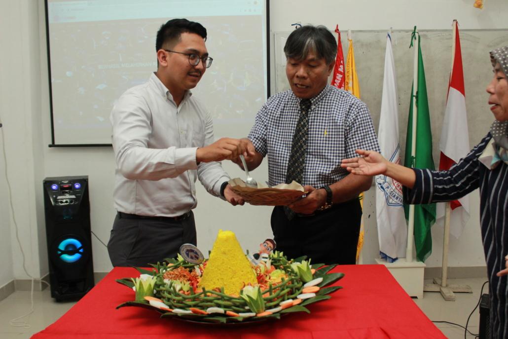 Moment pelaksanaan kegiatan peluncuran situs website STIE MARS Pematangsiantar